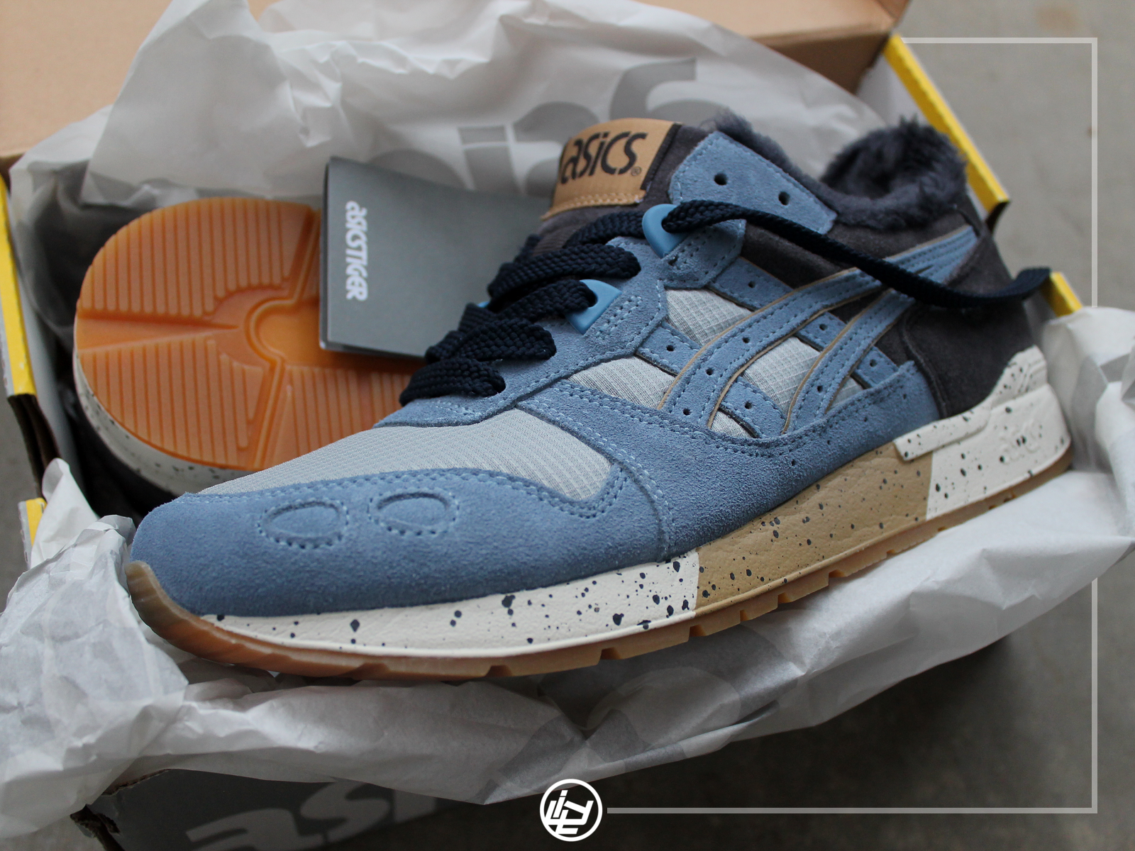 ASICS Gel Lyte - Mountain Blue.png
